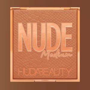 NUDE Obsessions Eyeshadow Palette NWT